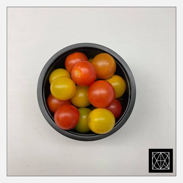 Įvairiaspalviai vyšniniai pomidoriukai